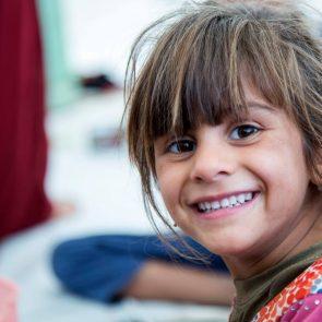 iraq-mosul-refugee-girl
