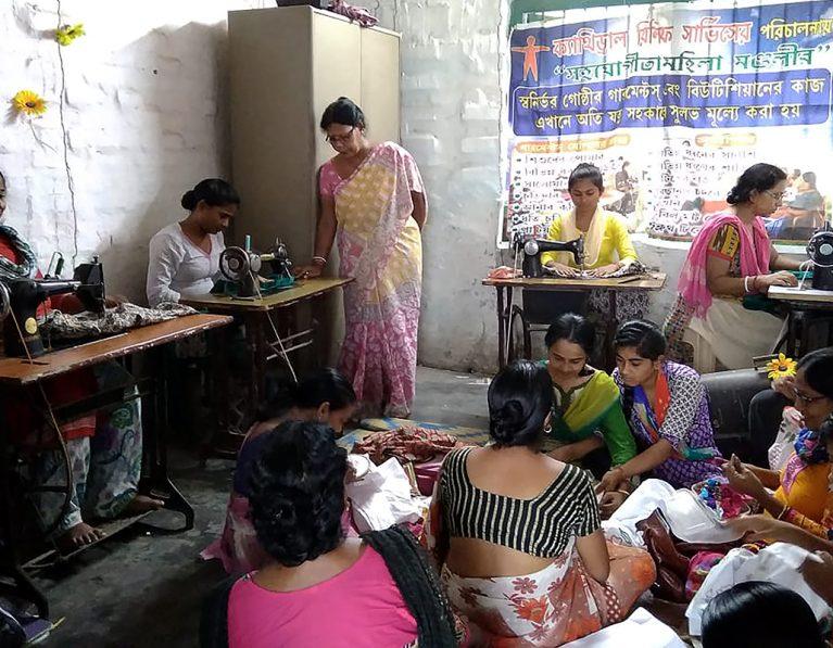 Hope and determination in Kolkata's slums